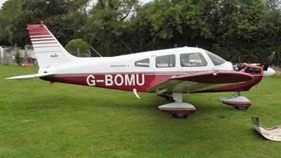 G-BOMU - Piper PA-28-181 Cherokee Archer II - Private