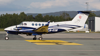 LN-KGW - Beechcraft B200GT King Air 250 - Private