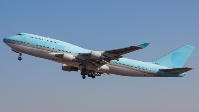 HL7402 - Boeing 747-4B5 - Untitled