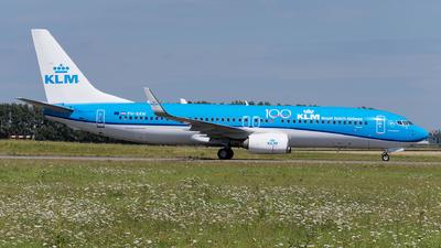 A picture of PHBXW - Boeing 7378K2 - KLM - © Julian Mittnacht