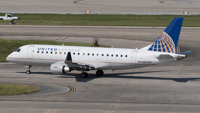 A picture of N89349 - Embraer E175LR - United Airlines - © Yixin Chen