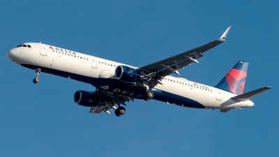 A picture of N315DN - Airbus A321211 - Delta Air Lines - © Yan777