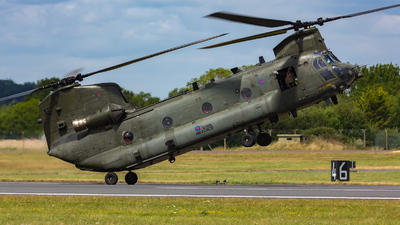 ZA675 - Boeing Chinook HC.2 - United Kingdom - Royal Air Force (RAF)