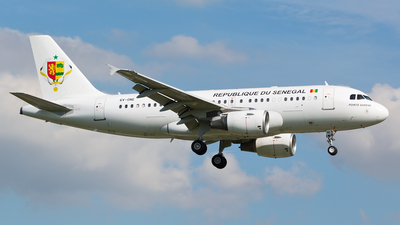 6V-ONE - Airbus A319-115(CJ) - Senegal - Government