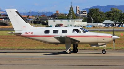 JA4032 - Piper PA-46-310P Malibu - Private