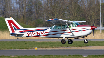 PH-WAI - Reims-Cessna F172M Skyhawk - Private