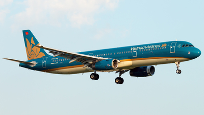 A picture of VNA354 - Airbus A321231 - Vietnam Airlines - © Joseph Do - SFAP