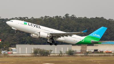EC-NEN - Airbus A330-202 - Level (Iberia)