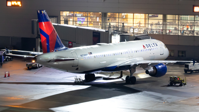 N374NW - Airbus A320-212 - Delta Air Lines