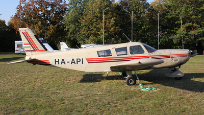 HA-API - Piper PA-32-300 Cherokee Six - Private