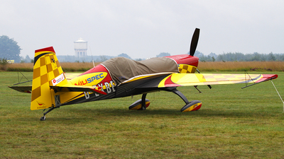 D-EXBE - Extra 330SC - Private