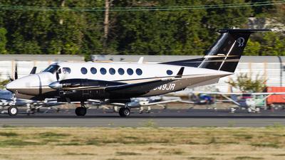 N949JR - Beechcraft B300 King Air 350 - Private