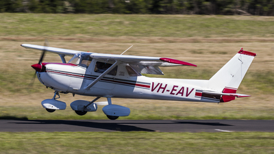 VH-EAV - Cessna 150M - Private