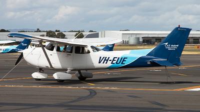 VH-EUE - Cessna 172S Skyhawk SP - Oxford Aviation Academy (Australia)