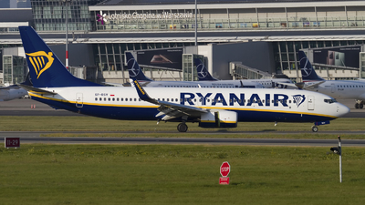A picture of SPRSV - Boeing 7378AS - Ryanair - © Rafal Pruszkowski
