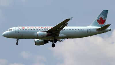 C-FTJR - Airbus A320-211 - Air Canada