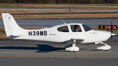 N39MB - Cirrus SR20 - Private