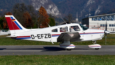 D-EFZB - Piper PA-28-161 Warrior II - Private