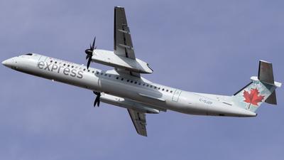 A picture of CGJZF - De Havilland Canada Dash 8400 - Air Canada - © Mike MacKinnon