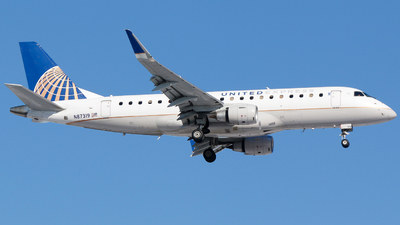 A picture of N87319 - Embraer E175LR - United Airlines - © Alec Mollenhauer