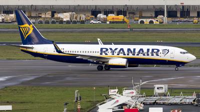 A picture of EIEKV - Boeing 7378AS - Ryanair - © Kris Van Craenenbroeck
