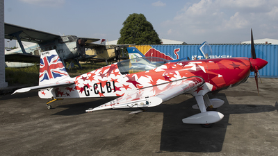 G-CLBI - Extra 300L - Private