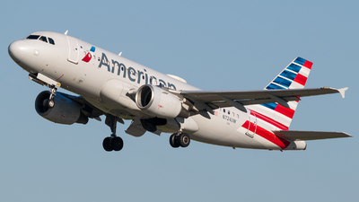 A picture of N724UW - Airbus A319112 - American Airlines - © Positive Rate Photography