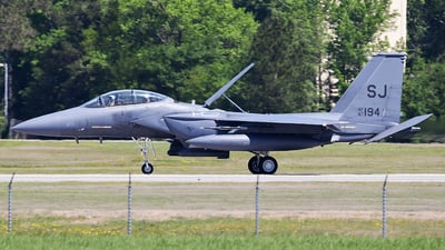 87-0194 - McDonnell Douglas F-15E Strike Eagle - United States - US Air Force (USAF)