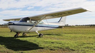 A picture of VHPTJ - Cessna 172N Skyhawk - [17270017] - © Brenden