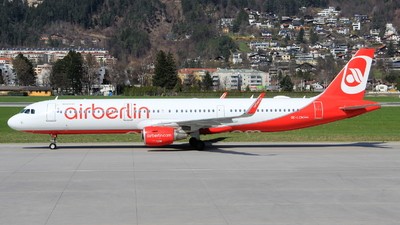 OE-LCM - Airbus A321-211 - Air Berlin (Niki)