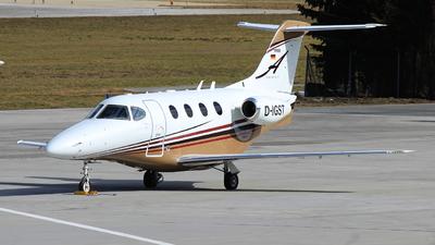D-IGST - Raytheon 390 Premier I - Private