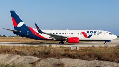VQ-BMW - Boeing 737-86J - Azur Air