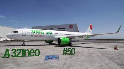 XA-VBM - Airbus A321-271NX - VivaAerobus