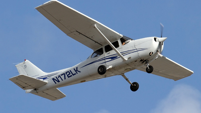 N172LK - Cessna 172R Skyhawk - Private