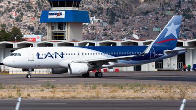 A picture of CCBFQ - Airbus A320214 - LATAM Airlines - © Aldo Martinelli