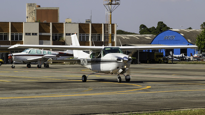 PT-LZV - Cessna 210N Centurion II - Private