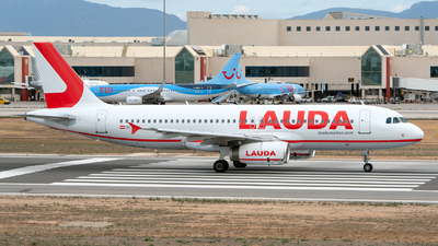 OE-IHH - Airbus A320-232 - LaudaMotion