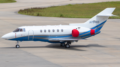 N751NS - Hawker Beechcraft 750 - Private
