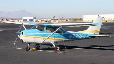 A picture of N9889G - Cessna 172L Skyhawk - [17259789] - © C. v. Grinsven
