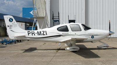 PR-MZI - Cirrus SR20-GTS - Safe Escola de Aviação Civil