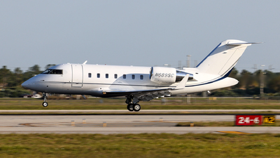 N689SC - Bombardier CL-600-2B16 Challenger 605 - Private