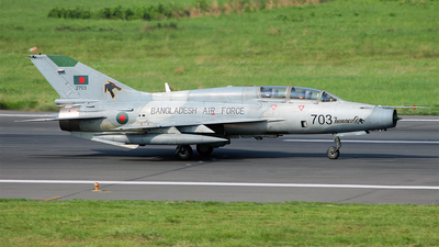 2703 - Chengdu FT-7BGI - Bangladesh - Air Force