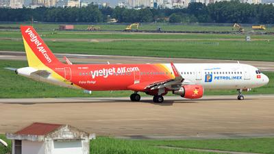 VN-A667 - Airbus A321-211 - VietJet Air
