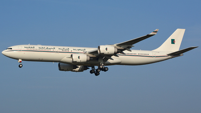 7T-VPP - Airbus A340-541 - Algeria - Government