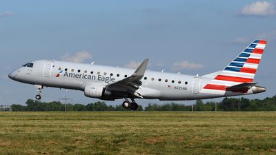 A picture of N225NN - Embraer E175LR - American Airlines - © DJ Reed - OPShots Photo Team