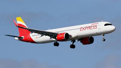 A picture of ECNIF - Airbus A321251NX - Iberia Express - © Javier Rodriguez - Amics de Son Sant Joan