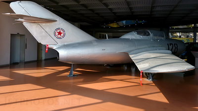 128 - Mikoyan-Gurevich MiG-15UTI Midget - North Korea - Air Force