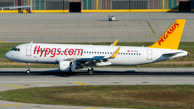 A picture of TCDCH - Airbus A320216 - Pegasus Airlines - © Alp AKBOSTANCI