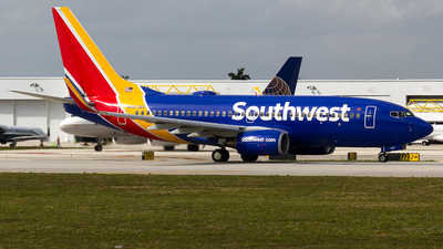 A picture of N467WN - Boeing 7377H4 - Southwest Airlines - © Sotos