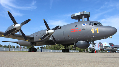 RF-75308 - Ilyushin IL-38 May - Russia - Navy